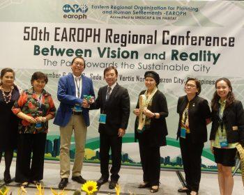4 John Koh Receives Award (5)